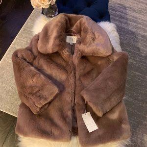 Mauve fur jacket. Size Xs. NWT